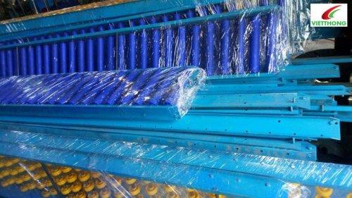 Cấu tạo của băng tải con lăn công nghiệp ống nhựa